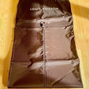 Luis Vuitton travel carry protective cover